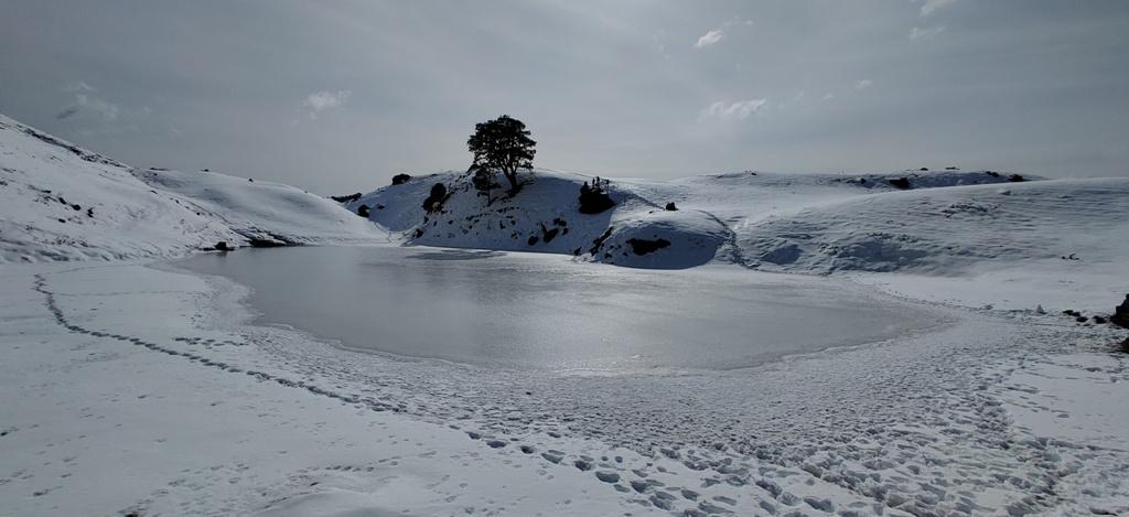 brahmatal lake in januaray 2020