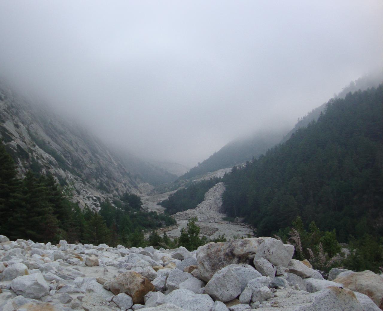 gomukh tapovan trek in monsoon