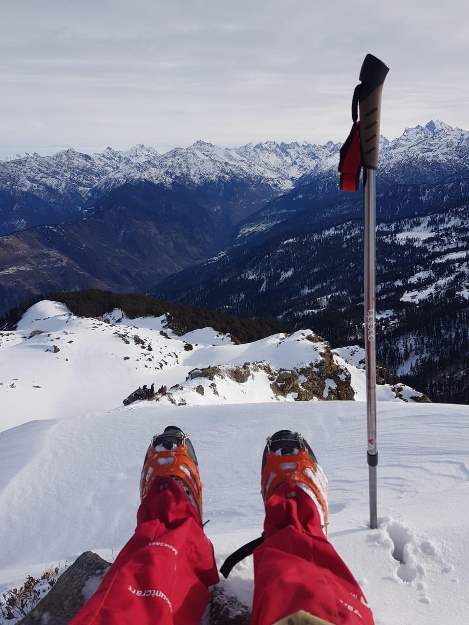 view from kedarkantha summit