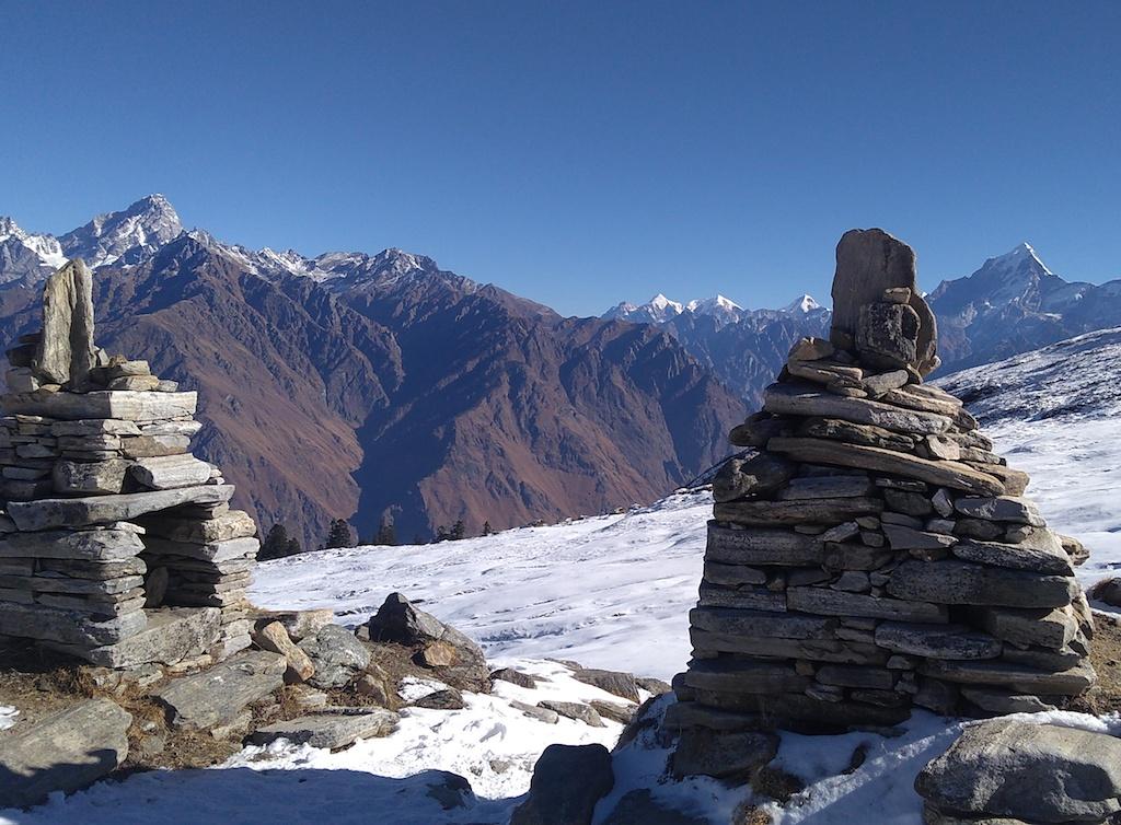 view of chaukhamba massifs from kuari pass