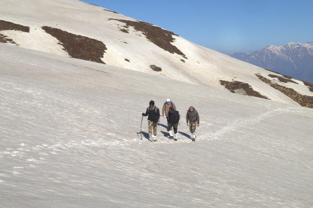 pangarchulla peak trek