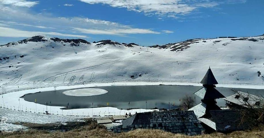 prashar lake with temple