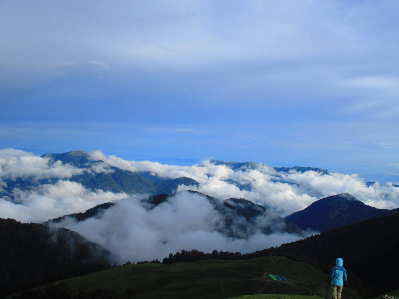 clouds shattering over the hills enroute roopkund