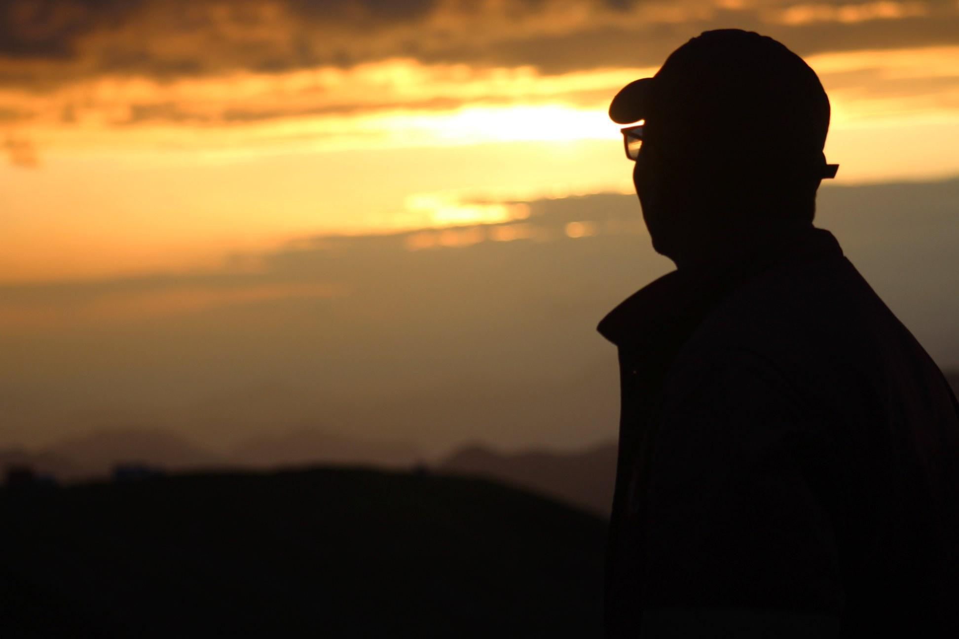sunset from bhagwabasa campsite at roopkund trek
