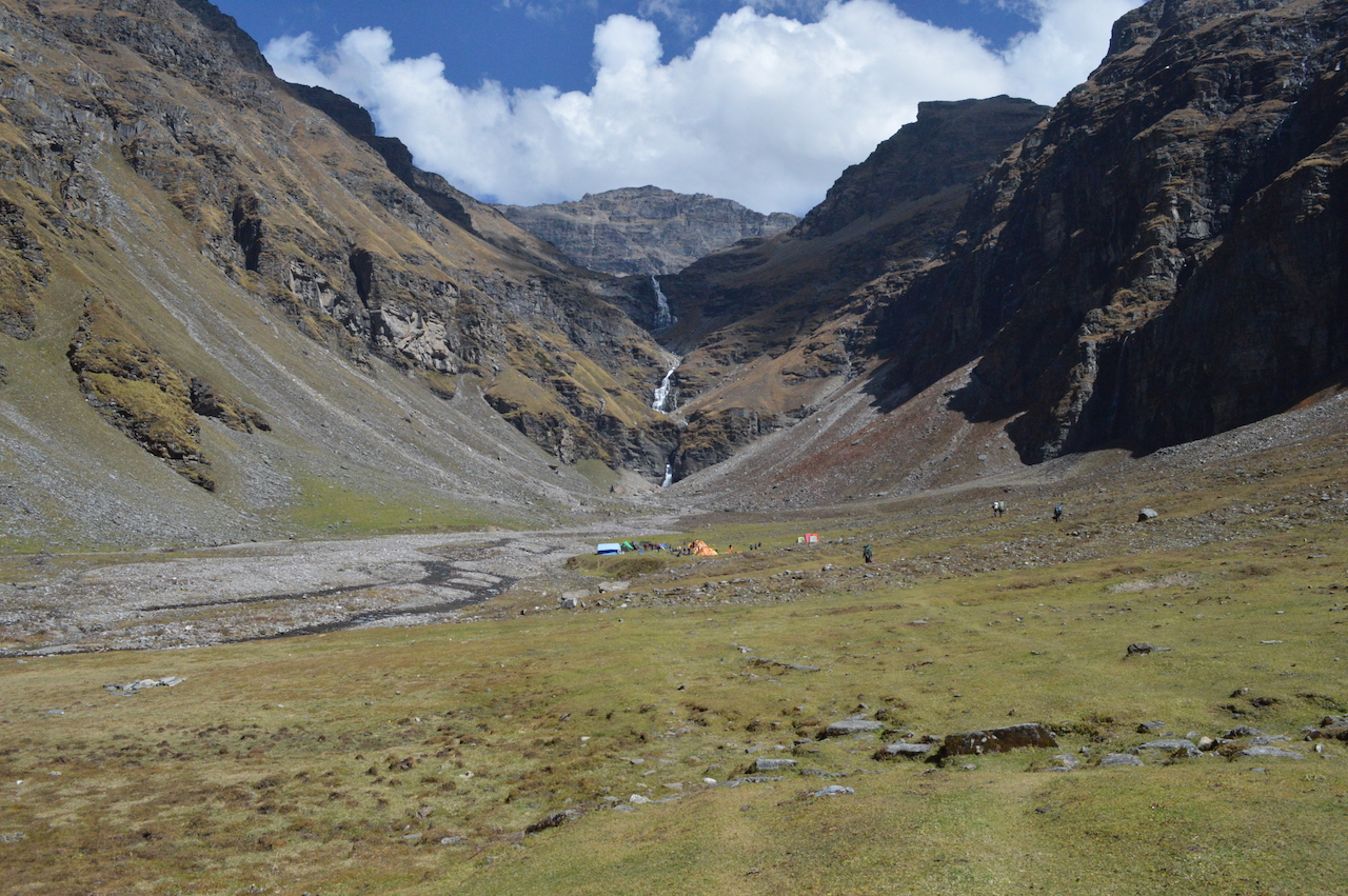 waterfall from the mountain visible from the ground enroute rupin pass