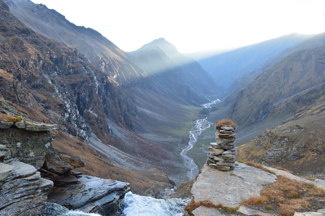 upper waterfall enroute rupin pass